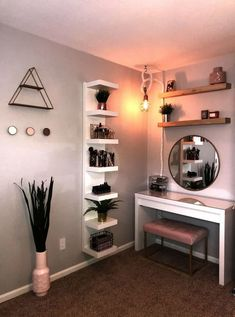 27 Simple bedroom holiday decorating ideas with lights « Home Decor Bedroom Decor For Teen Girls, Cute Bedroom Ideas, Cute Room Decor, Teen Room Decor, Room Ideas Bedroom, Small Room Bedroom, Simple Bedroom Decor, Bedroom Inspo, Bedroom Ideas For Small Rooms For Teens For Girls