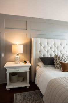 board and batten wall bedroom & board and batten wall bedroom Master Bedroom Makeover, Master Bedroom Design, Home Bedroom, Modern Bedroom, Bedroom Decor, Bedroom Ideas, Bedroom Headboards, Bedroom Wall Designs, Accent Wall Bedroom