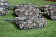 Panzer IV70v early version for Flames of War. Painted by Panzer Schule.