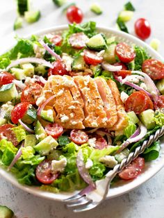 Greek Salmon Salad is a healthy 20 minute dinner with a fresh Greek salsa made from tomatoes, cucumbers, onion, and feta tossed in a Greek vinaigrette. Salmon Salad Recipes, Healthy Salmon Recipes, Seafood Recipes, Healthy Dinner Recipes, Greek Vinaigrette, Salsa, Romaine Salad, Dinner Salads, Greek Salad