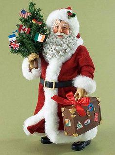 CLOTHTIQUE POSSIBLE DREAMS *Passport to the World SANTA GOES ALL OVER THE WORLD #Figurine
