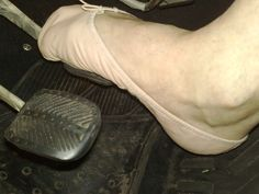 Pedal pumping in soft ballet slippers