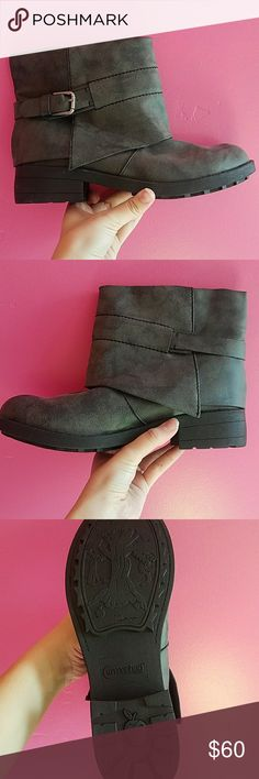 Booties never been worn. super great quality and so cute! I will negotiate price! Rocket Dog Shoes Ankle Boots & Booties