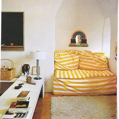 Finnish journalist apartment, sheets, Woodstock Handmade Houses book, and Yellow Submarine mirror. Room Inspiration, Interior Design, Home Decor Furniture, House Rooms, Furniture, Living Room Inspiration, Home, Interior, Room