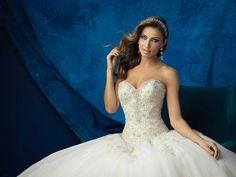 Collezione 2017 Allure Bridals - abito ampio corpetto