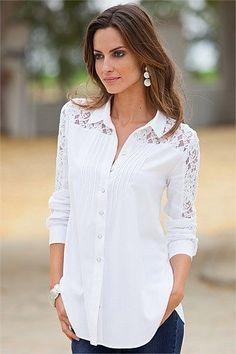 Women's Clothing Online - Together Lace Detail Stoddo en blusas blancahirt Blouse Styles, Blouse Designs, Moda Black, Winter Fashion Casual, Pretty Shirts, Stylish Shirts, Long Blouse, Shirt Blouses, Lace Shirts