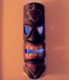 Glowing tiki mask using EL Wire