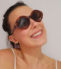 Millie Bobby Brown, My Heart Hurts, I Miss Her, Round Sunglasses, Sunglasses Women, Stranger Things, Queen, Wallpaper, Fashion