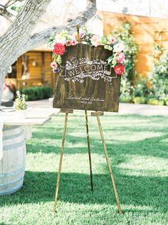 Wedding welcome sign #weddingwelcome @weddingchicks