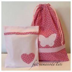 Sacchetto asilo in cotone a fiori con farfalla rosa e busta coordinata con cuore , by fattoamanodaTati, 27,00 € su misshobby.com