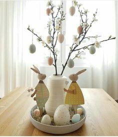 Hoppy Easter, Easter Bunny, Easter Eggs, Easter Table Settings, Easter Table Decorations, Easter Projects, Easter Crafts, Easter Flowers, Easter Party