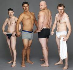 Homens normais fazendo poses de propaganda de cueca