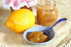 Marmellata di Limoni - pungente e freschissima, perfetta sul pane tostato, con una punta amarognola e tanta salute!