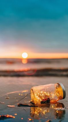 Find out about amazing photography tips and hints. Lit Wallpaper, Sunset Wallpaper, Cute Wallpaper Backgrounds, Pretty Wallpapers, Galaxy Wallpaper, Aesthetic Iphone Wallpaper, Nature Wallpaper, Aesthetic Wallpapers, Fairy Wallpaper