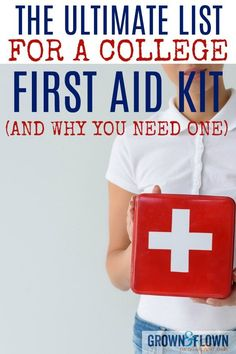 You may not think of a college first aid kit as something you need on your college packing list, but here's a great post with all the things your college student needs in that kit as well as why it's a smart idea to have one. College Packing Lists, College Essentials, College Hacks, College Planner, Weekly Planner, College Checklist, School Hacks, Dorm Life, College Life