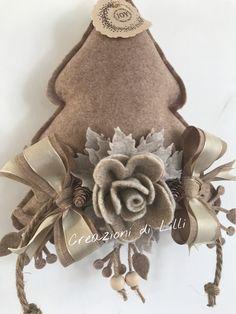 Visita la nostra pagina fb creazioni di Lilli #feltro #natale #idee #hobby #decorazinj #alberi #fashion #style #art #love #design