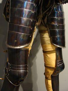 EPIC blued 16th century leg harness
