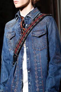 Valentino Fall 2016 Menswear Fashion Show Details