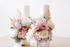 lumanari cununie bujori albi si roz pal Table Arrangements, Pillar Candles, Fairytale, Wedding Flowers, Candle Holders, Wedding Decorations, Bloom, Romance, Wedding Stuff