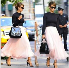 Jessica Alba looking too #adorable in her #pink #ballet inspired skirt and cropped black sweater. <3