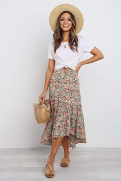 Hopkins skirt - multi Casual Skirt Outfits, Modest Outfits, Modest Fashion, Summer Outfits, Cute Outfits, Fashion Outfits, Womens Fashion, Floral Skirt Outfits, Stylish Outfits