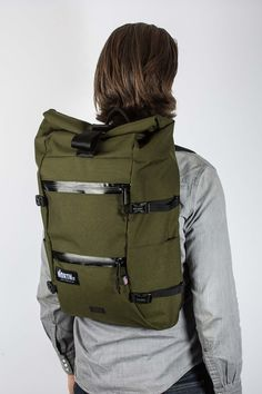 Bags provides high end panniers, duffles & totes handmade locally in Portland, OR. Wide range of waterproof bicycle gear available. Backpack Travel Bag, Travel Bags, Top Backpacks, Back Bag, Sailing Outfit, Best Bags, Waterproof Fabric, Laptop Sleeves, Olive Green