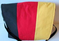 Außergewöhnliche Schultertasche Made Germany von Ulrikes Hobbyshop auf DaWanda.com