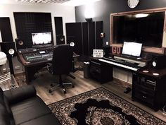 Show off your Studio - The 40th Roundup of Fantastic Studios