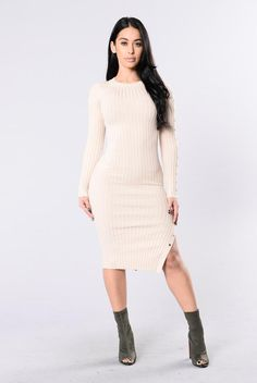 Go Out On The Weekends Dress - Taupe