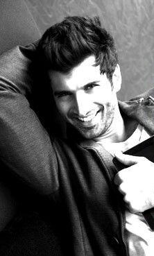 Famous Indian Actors, Indian Celebrities, Bollywood Celebrities, Roy Kapoor, London Dreams, When I Dream, Man Crush Everyday, Cinema Film, Bollywood Stars