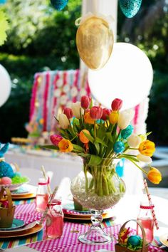 Easter Tablescape Ideas We Totally Love