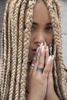 43 Cool Blonde Box Braids Hairstyles to Try - Hairstyles Trends Blonde Box Braids, Black Girl Braids, Braids For Black Hair, Girls Braids, Black Women Braids, Big Box Braids, Blonde Hair, Box Braids Beads, Blonde Braiding Hair