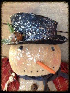 Primitive & Plump Snowman