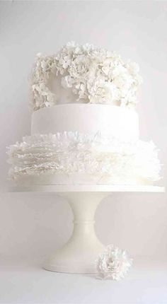 10 Unexpectedly Gorgeous Maggie Austin Wedding Cakes to Inspire Creativity
