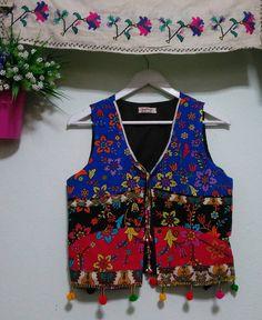 Boho Fashion, Fashion Dresses, Womens Fashion, Blouse Models, Cotton Vest, Work Jackets, Traditional Fashion, Pattern Fashion, Baby Dress