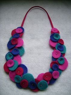 aros y collares de paño lenci - Google Search