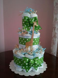 Mini Giraffe Diaper Cake Baby Shower Balloons, Baby Shower Favors, Baby Shower Cakes, Baby Boy Shower, Baby Shower Gifts, Baby Gifts, Safari Diaper Cakes, Unique Diaper Cakes, Mini Diaper Cakes