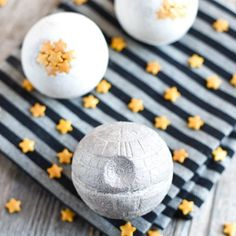 Create a DIY Star Wars Death Star Bath Bomb! It's made with skin nourishing oils and makes a great handmade gift this holiday season.