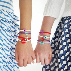 Mix and match colors to make stylish accessories that kids will love to trade with their friends.