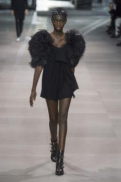 Celine Spring Summer 2019 Ready To Wear-ready Woman Vogue Runway Feather  Trend - Read 076ec7b8c589f