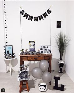 Trendy birthday table decorations for men mickey mouse 17 Ideas Star Wars Birthday, Star Wars Party, Baby Birthday, Birthday Parties, Birthday Table Decorations, Balloon Decorations Party, Aniversario Star Wars, Happy Party, Man Party