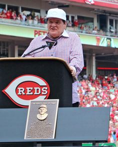 Your newest Reds Hall of Famer, Pete Rose. His number 14 was retired!!