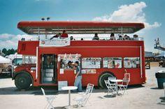 Buses for sale Food Cart Design, Food Truck Design, Bus Restaurant, Kombi Food Truck, Mobile Coffee Shop, Food Truck For Sale, Mobile Food Trucks, Food Truck Business, Food Vans