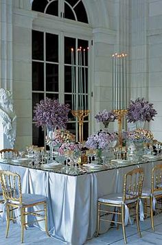 Just beautiful! Love the square table layout.