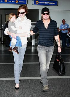 Nicole Kidman and Keith Urban and Sunday Rose arriving at LAX