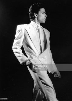 [ ♛ @princeorg ] death of Prince Rogers Nelson, on April 21, 2016 _ Rest in Paradise, our beloved ♛ Prince. We'll love you forever.   - Public Figure *. Today, we lost a true Legend._Musician Prince performing at Wembley Arena in August 14, 1986 in London, England.