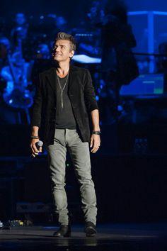 Luciano ligabue Dancing In The Dark, Bad Boys, Superstar, Rockers, Singers, Faces, Craft Ideas, Google, Photos
