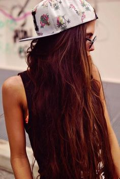 Reddish Brown Hair - Hairstyles and Beauty Tips Reddish Brown Hair, Looks Street Style, Before Wedding, Cute Hats, Tumblr Girls, Soft Grunge, Grunge Hair, Mode Style, Hair Day
