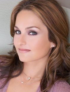 Giada DeLaurentis. I have the most insane girl crush on this woman. I actually use her cookbook and the recipes actually turn out the way they're supposed to.