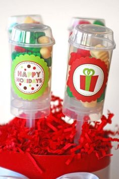 Candy push pops.....how cute for a kids Christmas party!